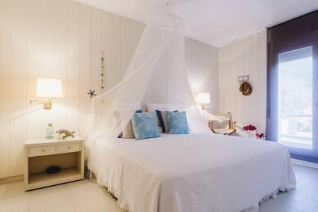 Magnífic apartament Golf/PlatjaPals amb terrassa. - Apartment