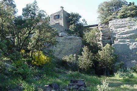 Luberon: Nid d'aigle (Eagle nest) - Haus