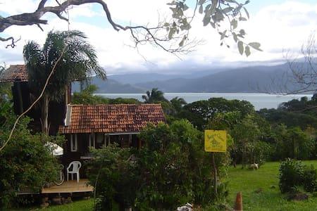 Cabana no Ribeirão da ilha -Floripa