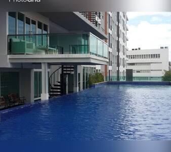 Fully Furnish condominium near BTS