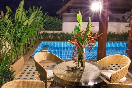 Pool Teak Chalet (B), 2 BR+1 Guest - Rawai - Villa