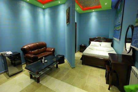 Guest room - Bed & Breakfast