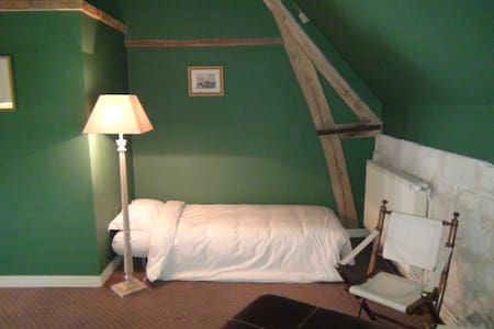 L'Instant-Morienval Chambre double - Bed & Breakfast