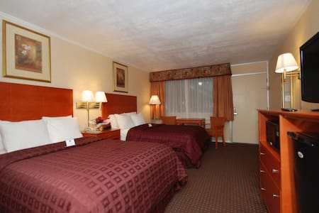 Bed and Breakfast with Wi Fi - College Park