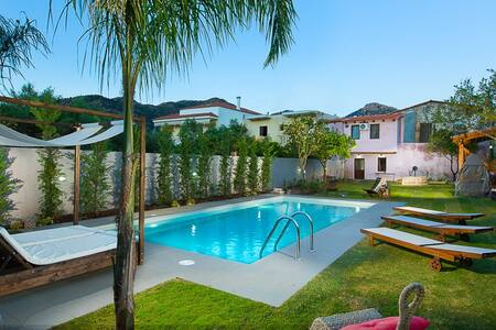 New 4 bedroom villa, with 38sqm pool and BBQ! - Melidoni - Villa