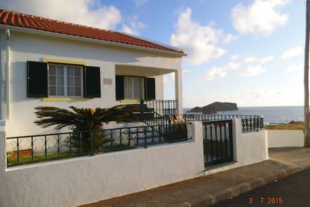 Casa Por Sol - House