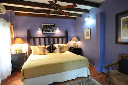 Heliconia Room #1 rated B&B in CR