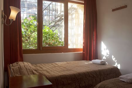 Room type: Private room Property type: Other Accommodates: 2 Bedrooms: 1 Bathrooms: 0