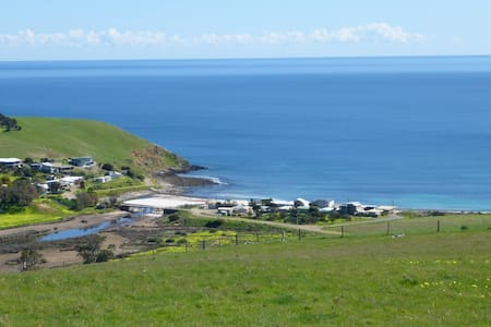 Myponga Beach - Sea Views and Relax - House