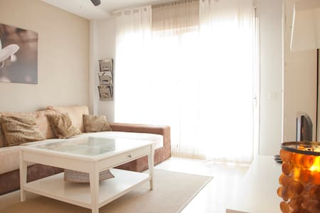 Charming apartment 40m from the sea - Apartament