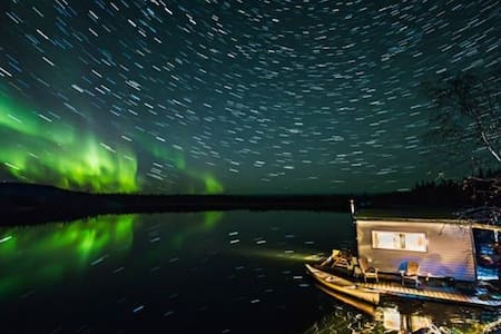 Yellowknife Houseboat