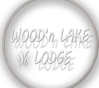 WOOD 'n LAKE LODGE