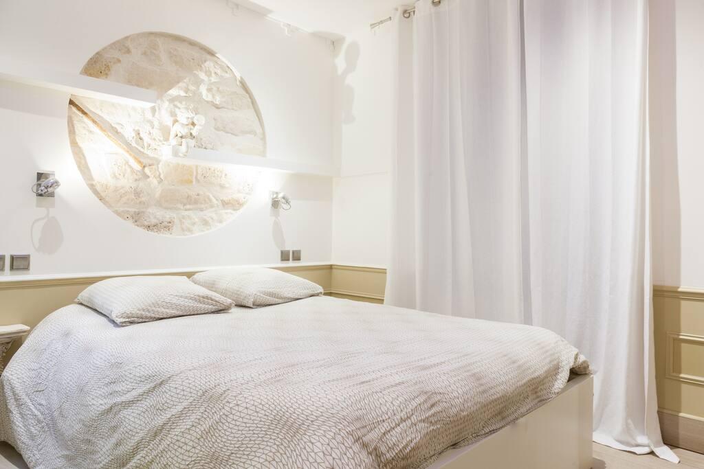 A nice bedroom full of lights