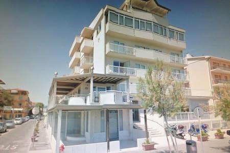 Maison Belle Vue - Chioggia - Apartemen