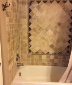 Cozy bedroom suite! - Castle Rock
