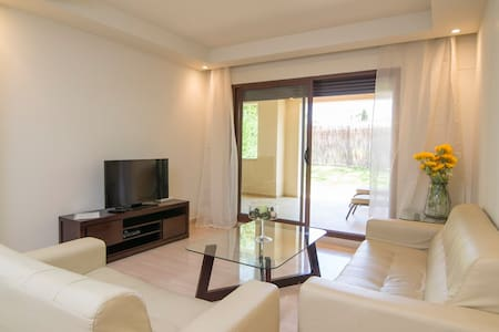 Family & Friends style 2 BDR flat - Marbella - Apartment