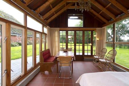 Chalet Heerkenheerd - Wirdum - Cabin