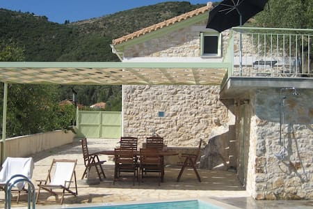 Lefkada island Ionian harmony-privacy in village - Katochori - Haus