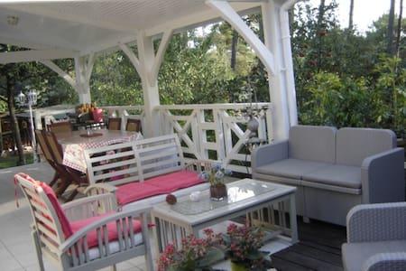 2 chambres d'hôtes à Maubuisson - Carcans - Huis