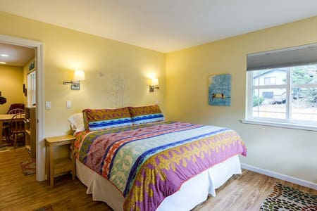 Bendabout Inn - Close to River! - Bend - House