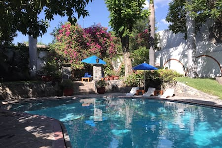 Charming room in Mexican villa - Tlaquiltenango - Villa