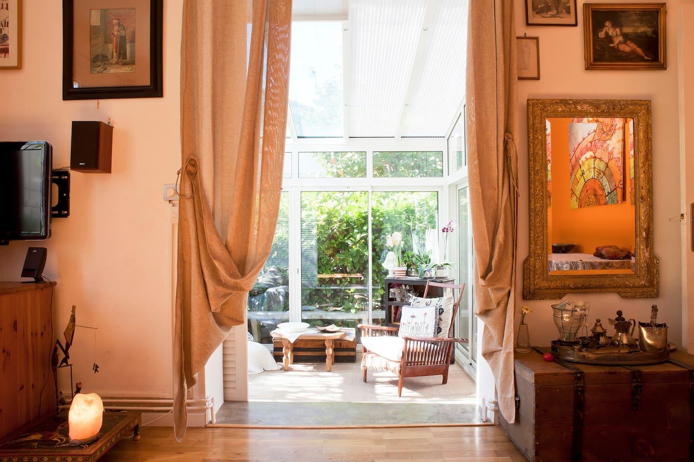 Maison calme avec pergola et véranda 10 mm centre de Mpl