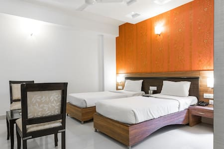 Bed and Breakfast stay in Hitech - Hyderabad - Bed & Breakfast