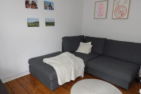 NEW: Heart of Jordaan Apt for Two!