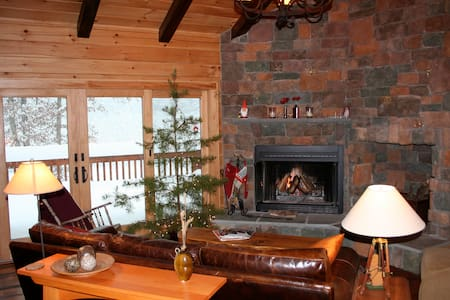 Luxury Log Cabin in the Woods - AUGUSTA - Cabane