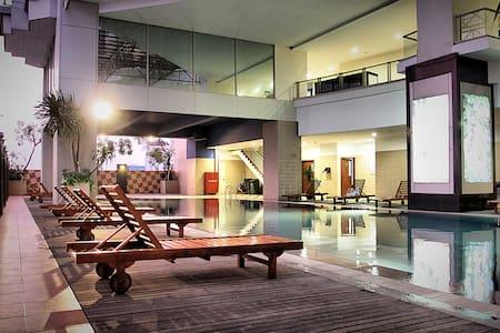 Luxurious&Clean ManggaDua Apartment - Wohnung