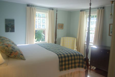 Old Story Farm B&B 1930 Queen Room - Inap sarapan