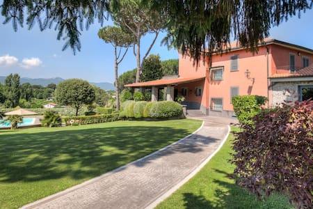 Luxury country house near Rome - Zagarolo - Villa