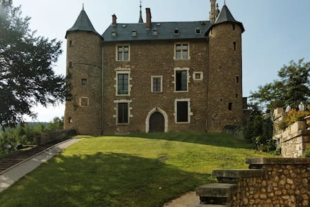 Séjour Romantique -Château Médiéval - Daire
