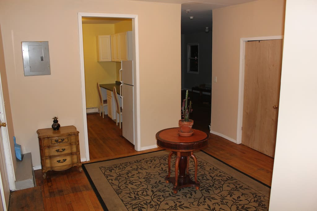 4BDR Apartment  minutes from NYC