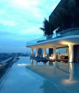Romantic Luxury Condo Studio Room - Loftlakás