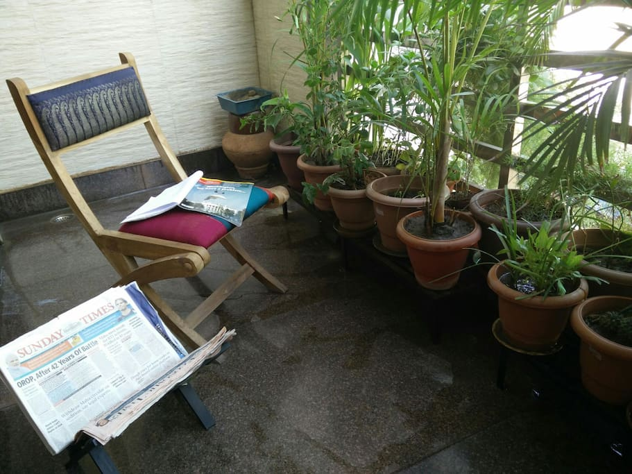 Balcony to read your morning paper