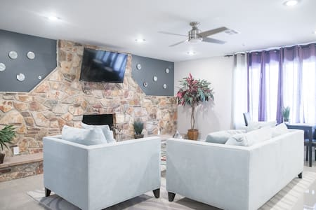 Modern guest house with full kitche - Las Vegas - House