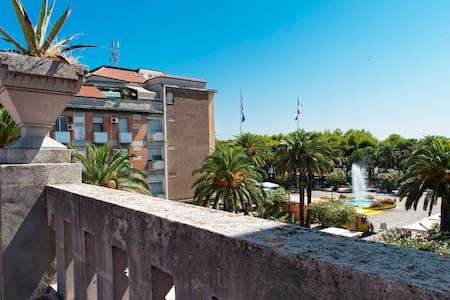 Attico terrazzatissimo in centro - San Benedetto del Tronto - Apartment