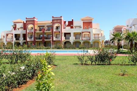 Appartement RDC terrasse et piscine - Saidia