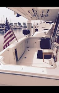 3 STATEROOM  YACHT SLEEPS 8 CLOSE TO BEACH & BARS - San Pedro  - Boot