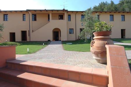 Camere di Agriturismo in Toscana - San Miniato - Bed & Breakfast