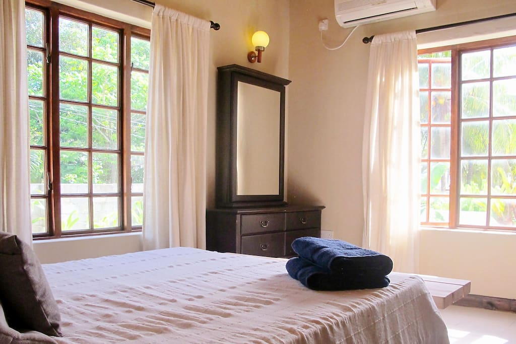 Master Bedroom with Double Bed and Aircon