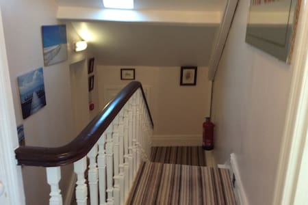 Twin en suite room - Whitley Bay - Bed & Breakfast