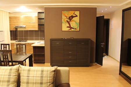 Modern and cozy apartment - Atakent - Almaty - Apartment