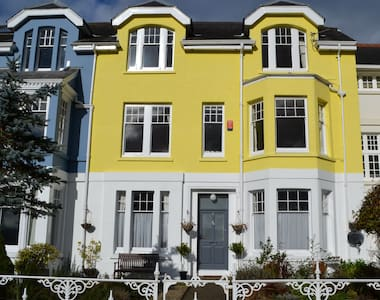 Elegant Town House in Carmarthen - Townhouse