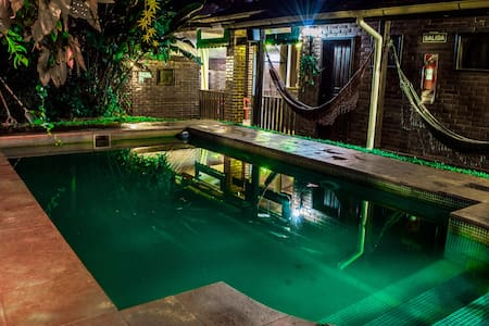 Double bed room with swimming pool - Autre