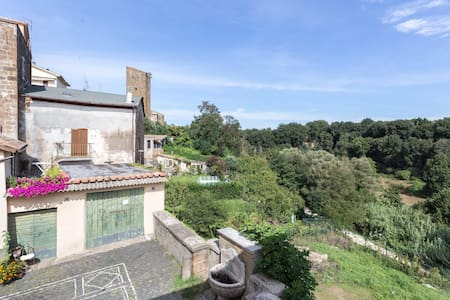 Lussuoso B&B a Roma (Sutri) - Sutri - Bed & Breakfast