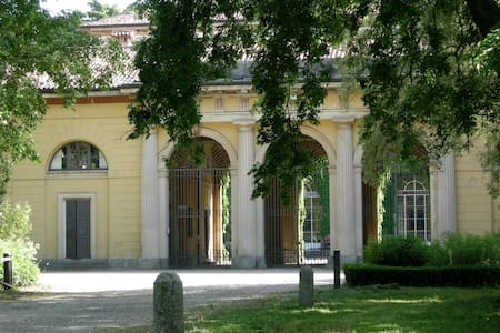 Exclusive flat in historical Villa - Casatenovo