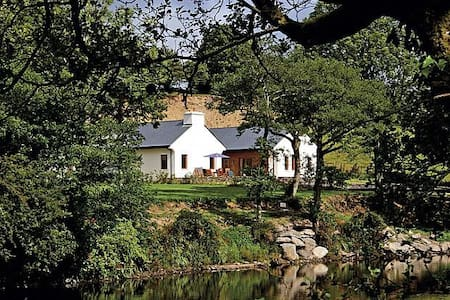 Rivers Edge Lodge - Kenmare - Hus