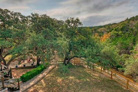 Hill Country Estate on RanchRoad 12 - Wimberley - House